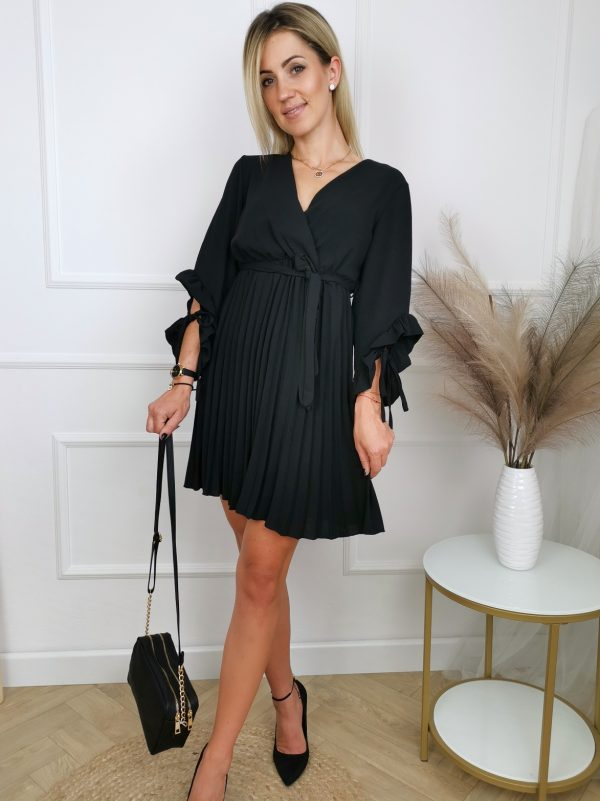 Sukienka Pretty Black 2021 08 14 17 21 25