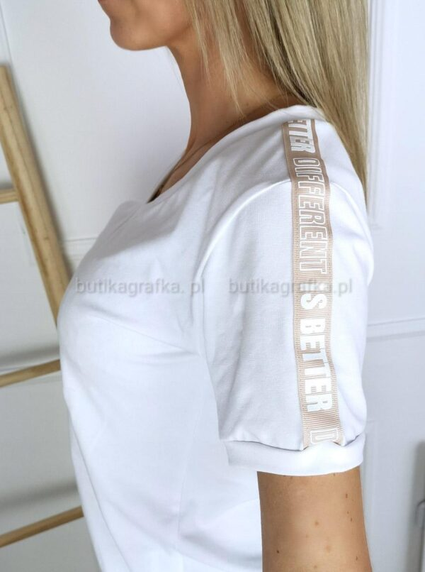 T-shirt Different White